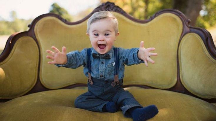 Мальчика с синдромом Дауна пригласили для участия в рекламной кампании детской одежды