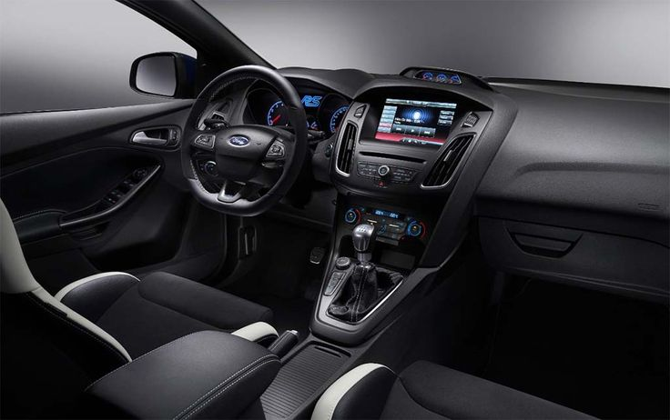 2016 Ford Focus RS - interior