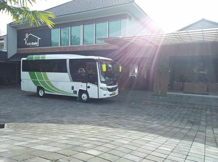 Sewa Bus Solo Murah Telp. 082243439356 Mita Transport