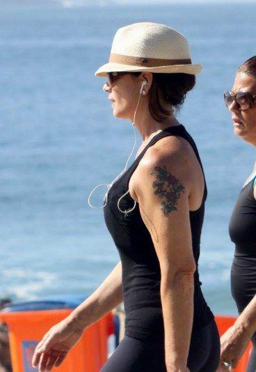 Tatuagens de Luiza Brunet - Tatuagem dos famosos: descubra as tattoos das celebridades!