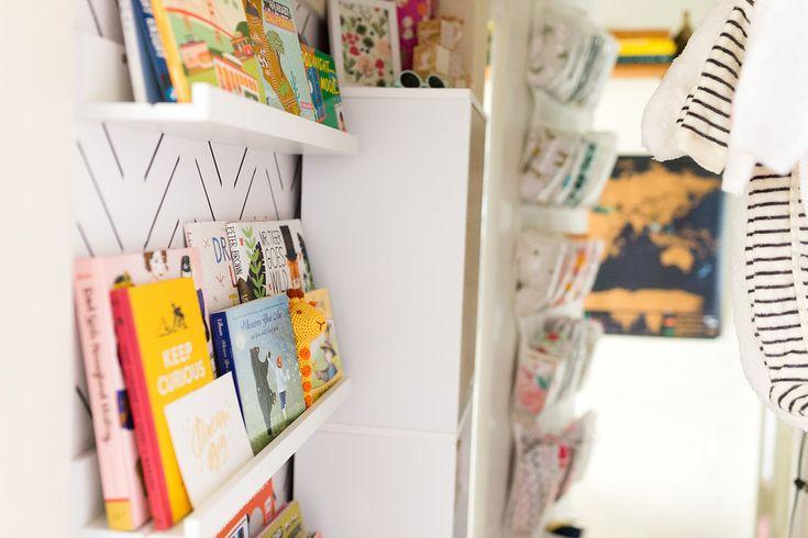 Best 25 Nursery Bookshelf Ideas On Pinterest Baby