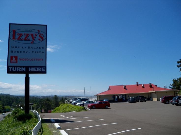 Izzy's Pizza Smorgasbord in Newport, Oregon. www.oregonbeachvacations.com