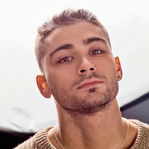 Starved For Attention, Zayn Malik Swaps Out His Hair Color - http://oceanup.com/2017/03/29/starved-for-attention-zayn-malik-swaps-out-his-hair-color/