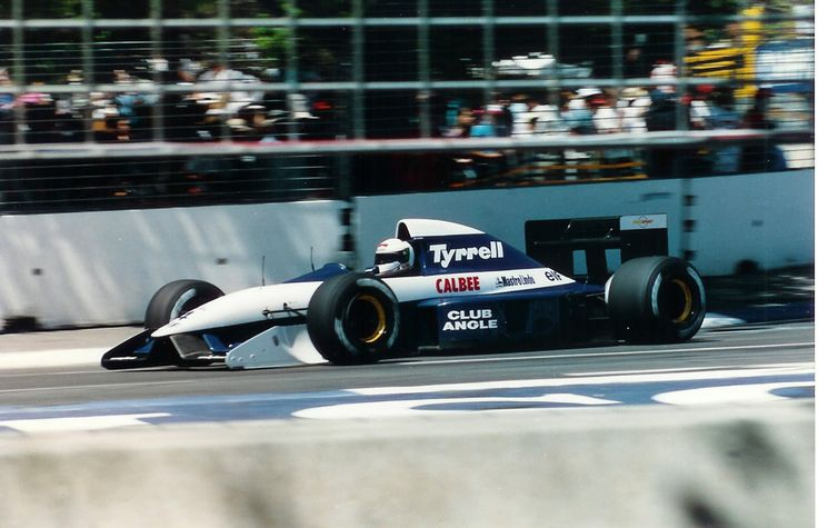 Andrea de Cesaris, Tyrrell 020B Ilmor 2175A 3.5 V10