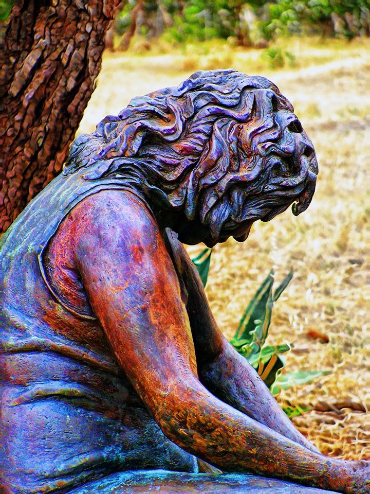 Aboriginal sculpture representing the stolen generation!