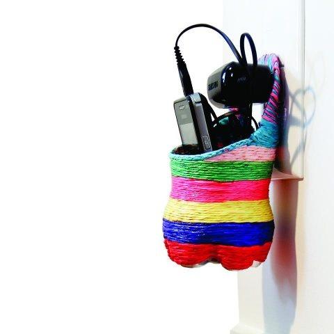 porta celular feito de garrafa pet