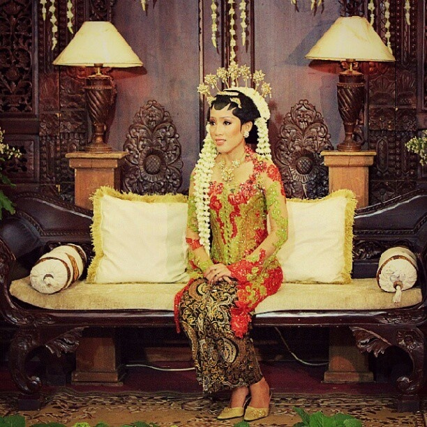 Kebaya, Traditional Javanese Wedding Dress