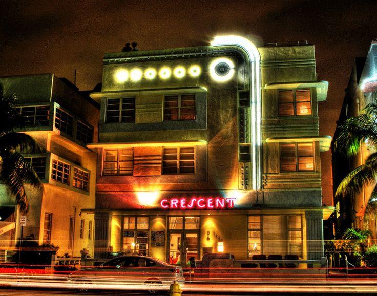 Crescent Hotel Ocean Drive Miami Beach Maritime Art Deco Architecture