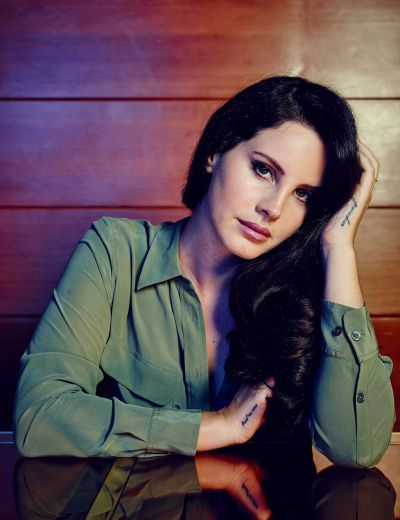 Lana by Joe Pugliese for 'Billboard Magazine' (2015)....I really like this one of her.  I like how she has those random fake tattoos from time to time.  Her style is so elegant and chill and sultry.