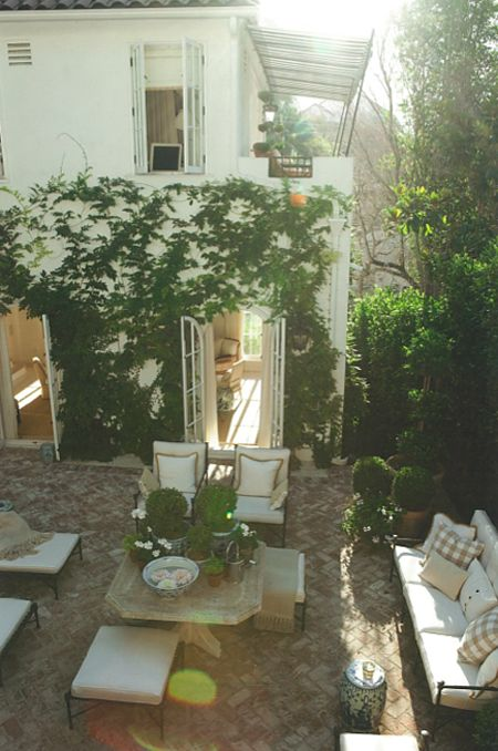 Outdoor space envy // Mark D. Sikes // House Beautiful