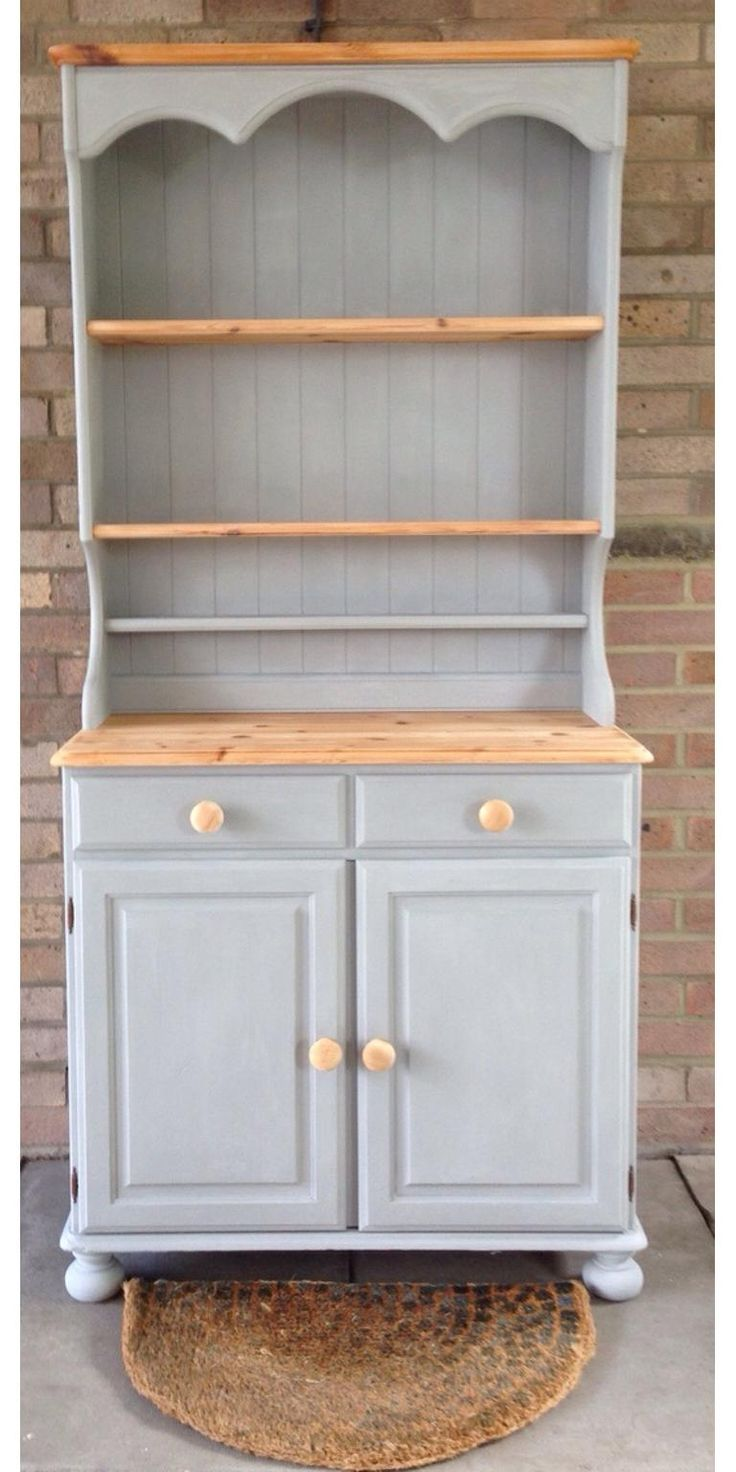 Welsh dresser for sale £150. Painted in Annie Sloan Paris G … All details can be found on Shpock the boot sale app – click here! Price: £ 150.00
