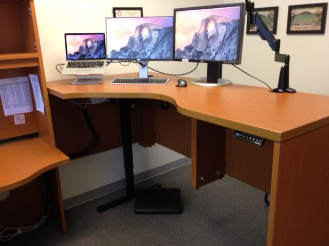 thom used our uplift 900 base to turn his existing desk into a sitstand