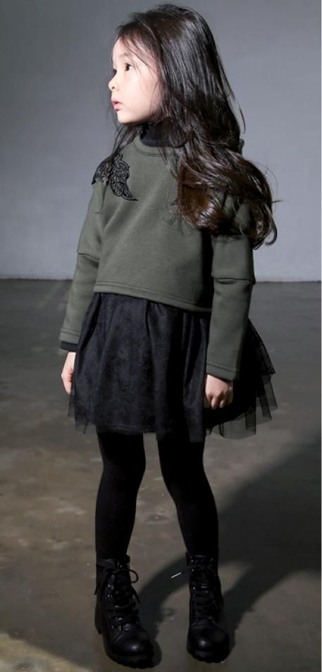 Black and army green, super chic. #estella #kids #fashion