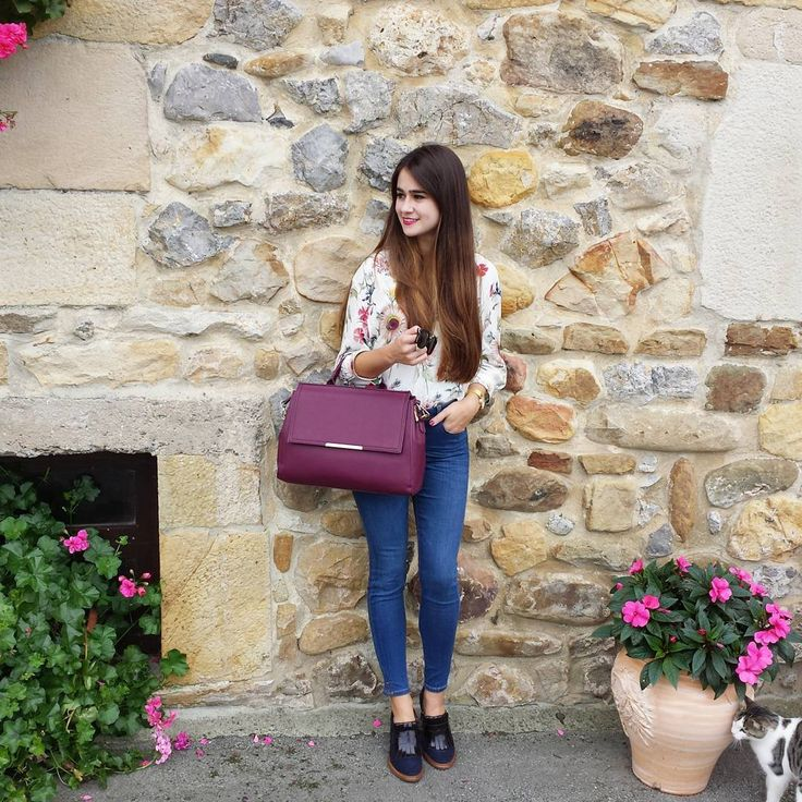 Desde Instagram, Ana Arranz nos presenta su look con nuestros zapatos de la Nueva Colección Otoño-Invierno 2016/17...Estupendo look Ana, nos encanta!! :)