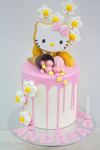 DRIP CAKE HELLO KITTY - FRESA Y CHOCOLATE