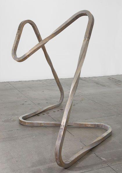 Richard Deacon . aluminium, 2012