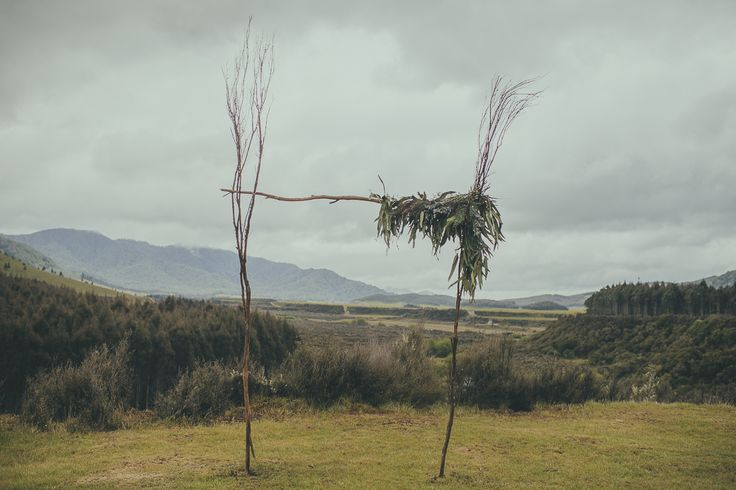 View from the lawn at Blake House, Poronui Lodge. Garland of eucalyptus and limonium.  Photo: Jake Thomas Photography