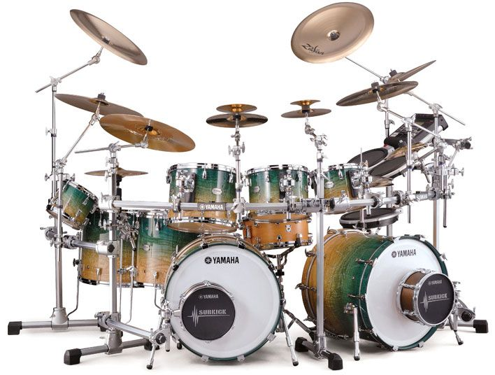 Featuring Yamaha's hybrid shell technology, the PHX (Phoenix) is Yamaha's ultra high-end drum set.