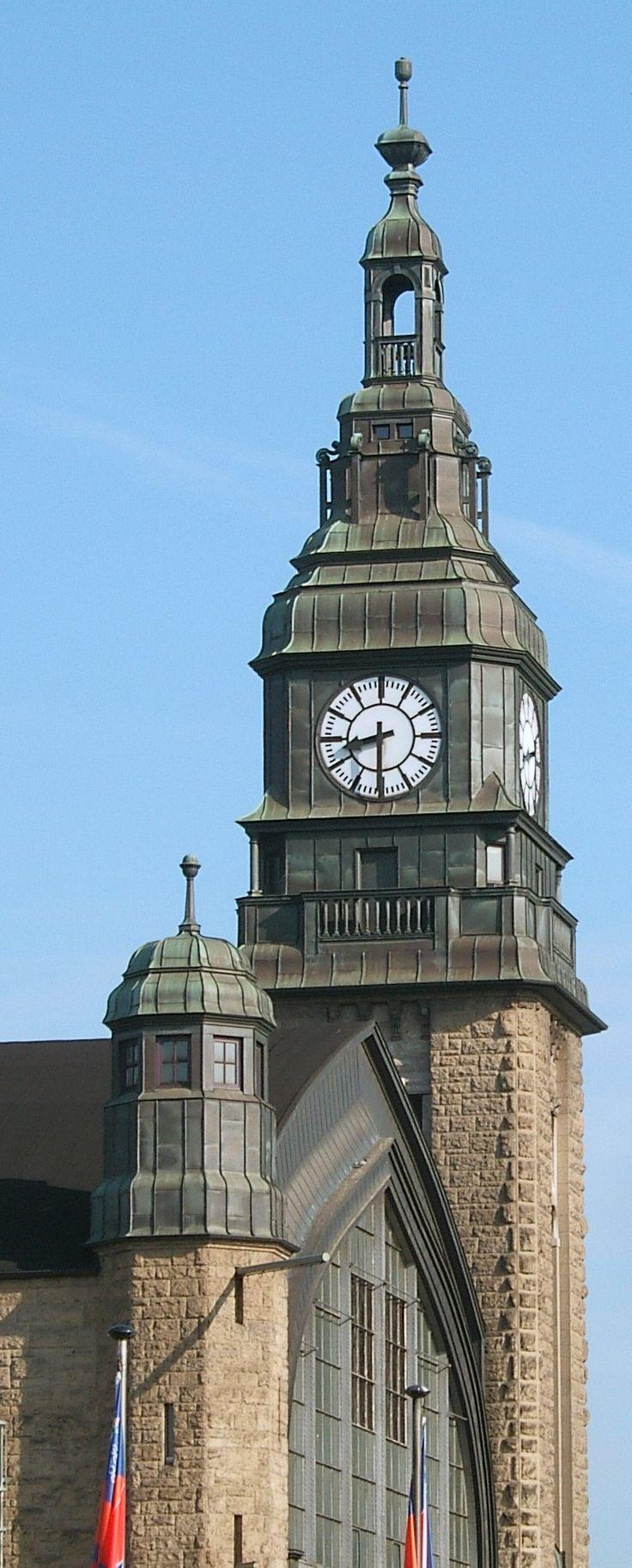 Hamburg Hauptbahnhof, einer der Uhrtürme
