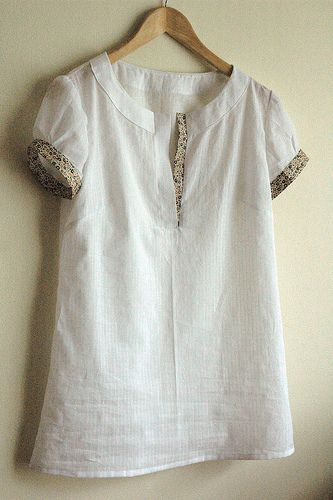 Market dress with short sleeves