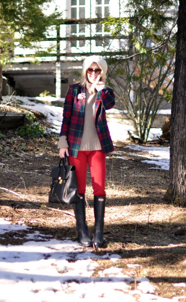 plaid jacket, red pants, hunter boots    Love this outfit! From one of my favourite blogs, lovemaegan.com