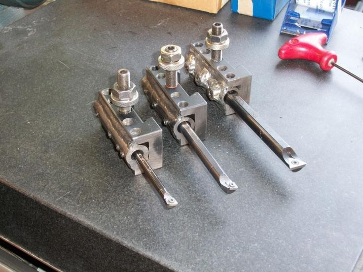 Boring Bar Holders by platypus20 -- Homemade boring bar holders for a Jet lathe constructed from shaftings and featuring set screws welded to AXA-series toolposts. http://www.homemadetools.net/homemade-boring-bar-holders