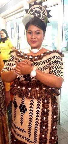 Beautiful Ta'ahine tau'olunga mei Tonga  #tonganraised