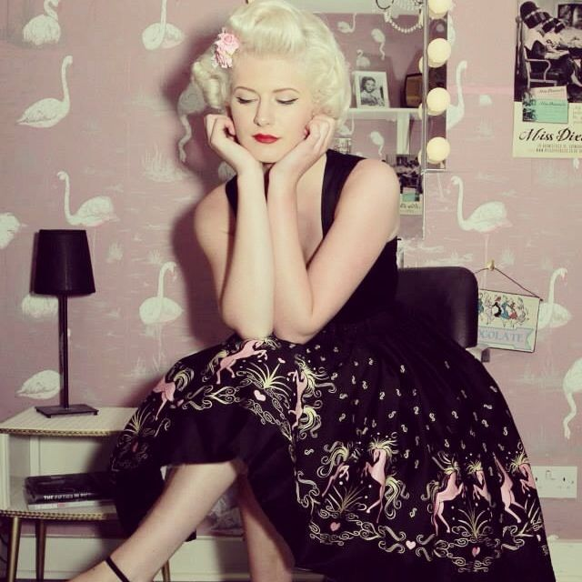 59 Best Vintage Hair And Makeup By Miss Dixiebelle Images On Pinterest