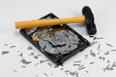 Szeretne megszabadulni fölösleges adathordozóitól?  Keressen fel minket és mi a DIN szabvány szerint megsemmisítjük azt!  http://www.iratzuzas.hu/?page_id=9