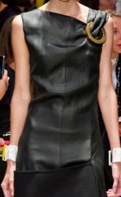 Celine spring 2014. Fashion details of clothes. Детали одежды от кутюр. Detaily oblečení od modních návrhářů.