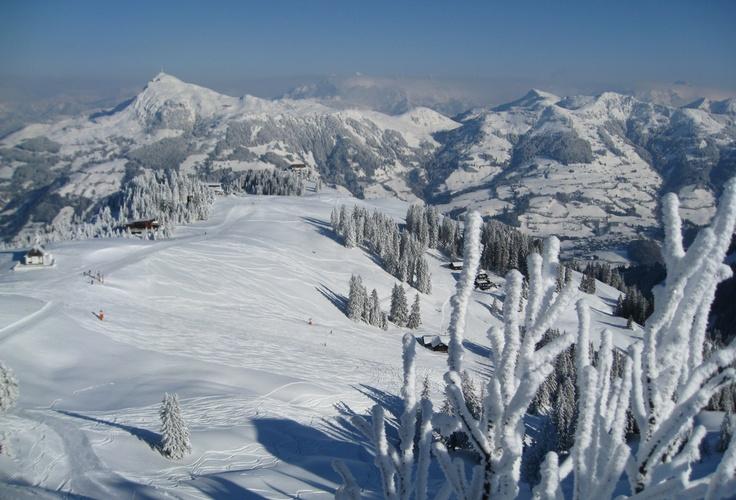 Kitzbüheler Alpen - Brixental: Skifahren, Wandern und Mountainbiken in Tirol in Österreich