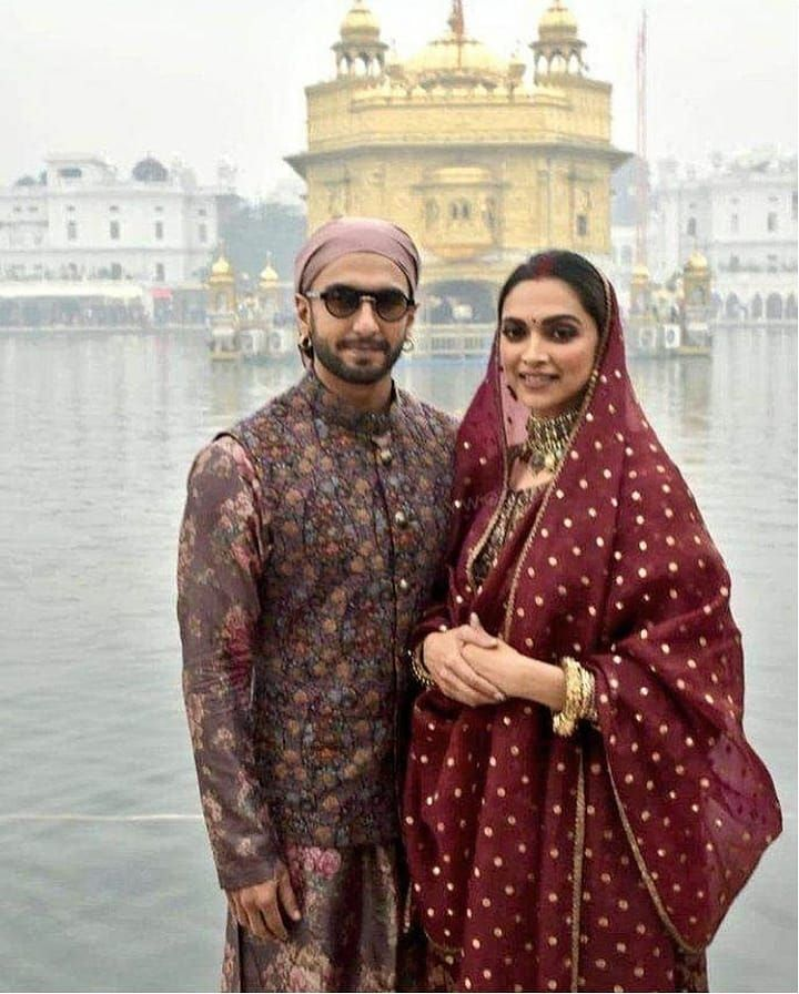 Phrases About Love Celebrity Lifestyle Celebrity Lifestyle Features Follow Ranveersingh Deepikapadukone I Ranveer Singh Deepika Padukone Golden Temple