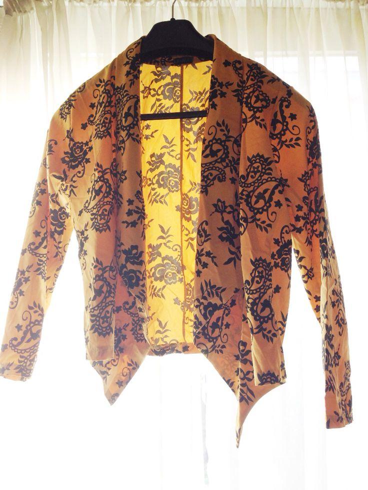 Floral cute suit top
