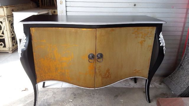 Console 2door....gold and black combination