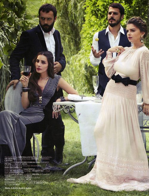 Vogue TR- Muhteşem Yüzyıl Cast