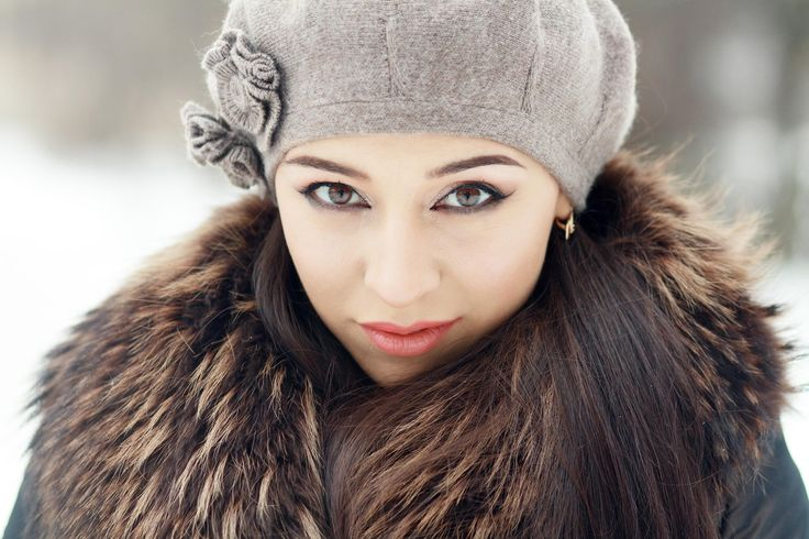 Sensual brunette in cold winter - Outdoor portrait of young pretty beautiful woman in cold winter weather in park. Sensual brunette posing