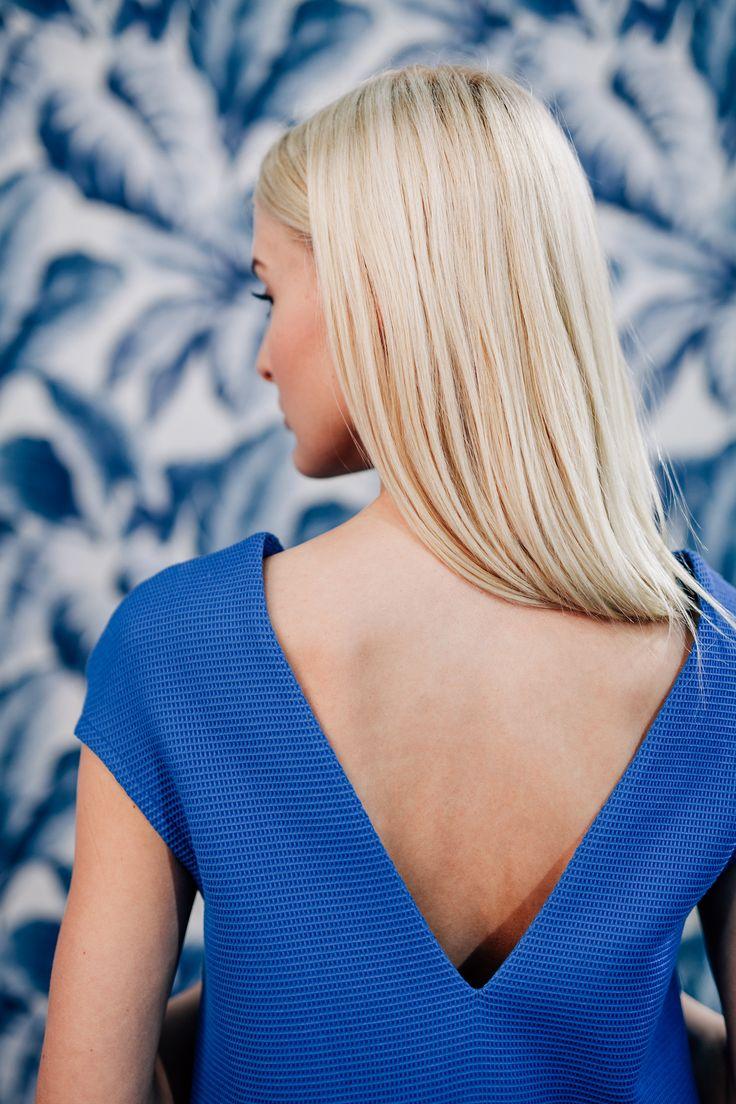 Klasszikus A-vonalú ruhánkat teltebb alkatú hölgyek is bátran viselhetik. Kismamáknak is ajánlott, természetes alapanyagainak köszönhetően kellemes érzés v...