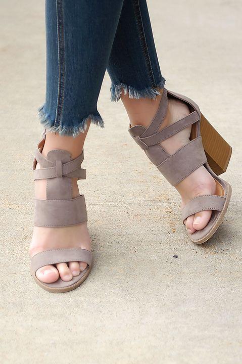 Endless Summer Sandal (Taupe)