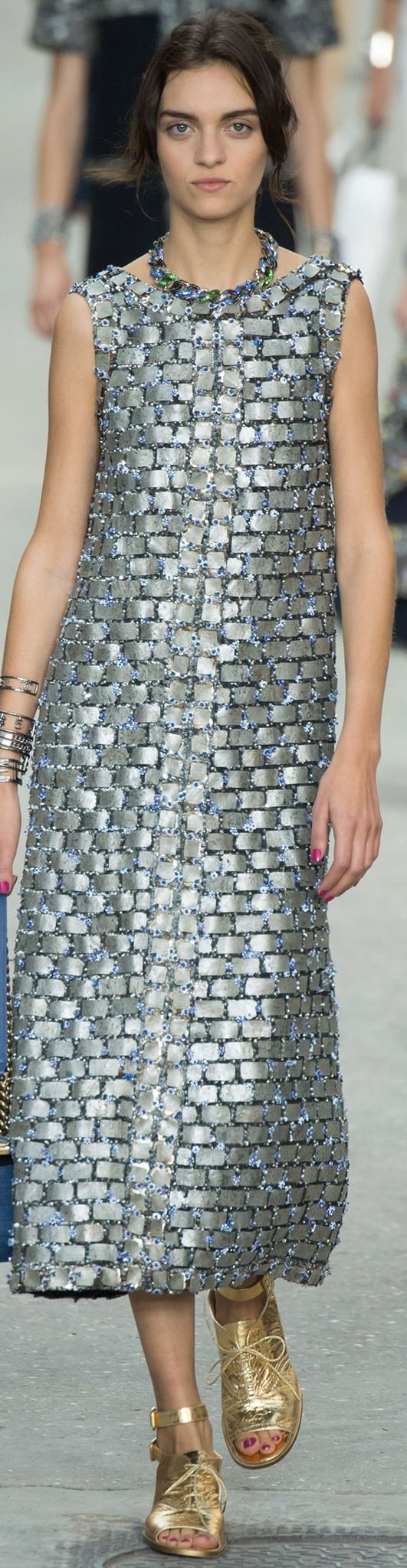 CHANEL Collection  Spring 2015 - pin courtesy of Tres Haute Diva \\\ =