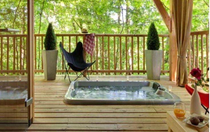 ... spa entre design et tradition sur www bednspa com cabane haut spas