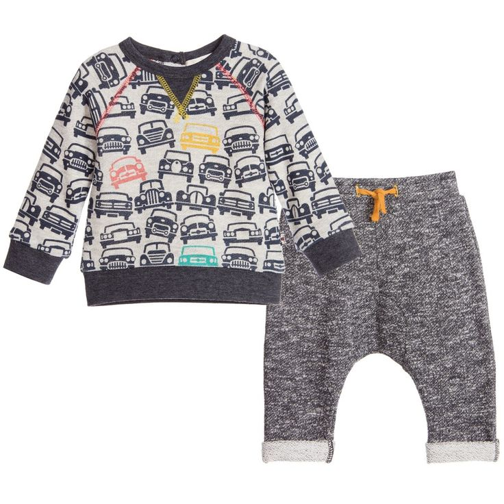 Baby boys two piece soft and comfortable tracksuit oufit by Deux Par Deux. Made in a soft sweatshirt cotton with an elasticated waistband. The top features a printed pattern of navy blue cars with a red, green and yellow car on the front.