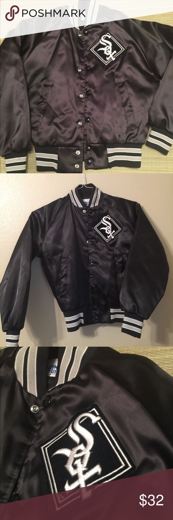 Vtg SOX MLB satin bomber jacket youth M fits XS/S Vintage 90s Chicago SOX MLB puffy satin bomber jacket. Great condition looks new! Worn 1x. satin (sorta shiny) a ill puffy. Tag size youth medium I REPEAT a youth sz but fits women's XS-S. I am a small 5'6 fits me great there is some stretch. Sleeves r a tad short for me but look fine when I pull them up to forearms. Slightly cropped comes just up to waist of jeans. Black and Gray silver white Chicago white SOX MLB vintage jacket. Similar to…