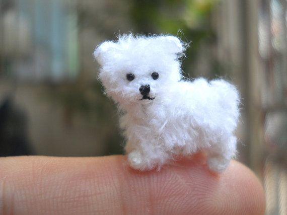 Malteser Welpen winzige häkeln Miniatur Hund Stofftier von SuAmi