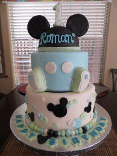 Baby Mickey cake - http://www.caketerest.com/