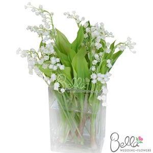 48 best white wedding flowers images on pinterest white for Small fresh flower table arrangements
