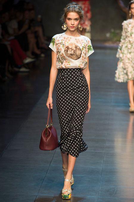 Elegant Contrasts pretty floral print & long polka dot pencil skirt // Dolce & Gabbana