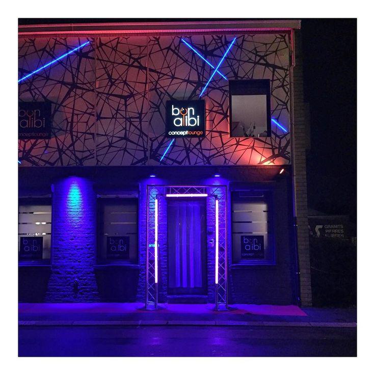 Super prestation hier pour le 7ème anniversaire d'un bar à Mouscron :) Tom Le Magicien une animation pour mariage une idée une inspiration pour mariage pour vin d'honneur cocktail repas et dîner de mariage à Lille dans le Nord.