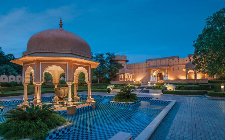 The Oberoi hotels, founded in 1934 and operates 31 hotels, provides the right blend of service, luxury and quiet efficiency. A distinctive feature of the group hotels is their highly motivated and well trained staff who provide exceptionally attentive, personalised and warm service.  #luxury #lavishhotels #hotels #travel #tourism #wonderlust