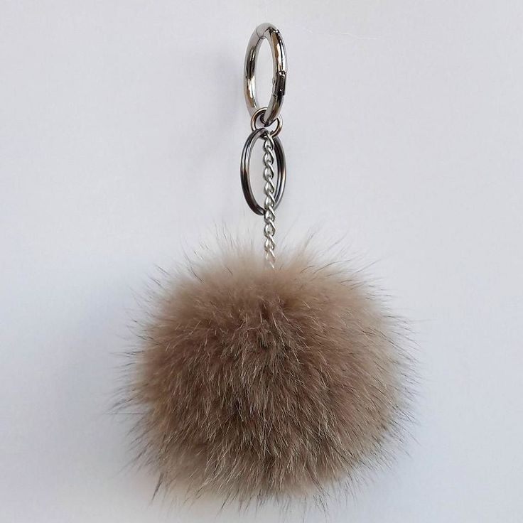 If you like to buy one of our products please visit our etsy shop (link in bio) #keyring #keychain #pom #pompom #new #ponpon #pelliccia #necklace #new #jewelry #bag #leatherbag #bagpack #woman #fur #etsyshop #etsy #jewelry #handmade #sales #seller #furfashion #store #style #moda #photooftheday #followme #instago #instagood #love