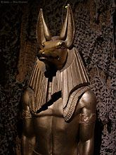 A statue of the egyptian god Anubis